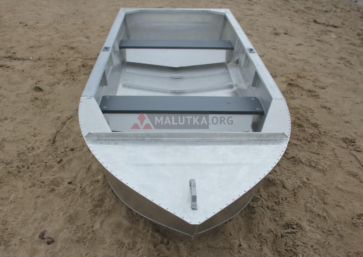 Металлические лодки в России
